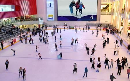 Dubai Ice  Rink - Fun things to do in Dubai